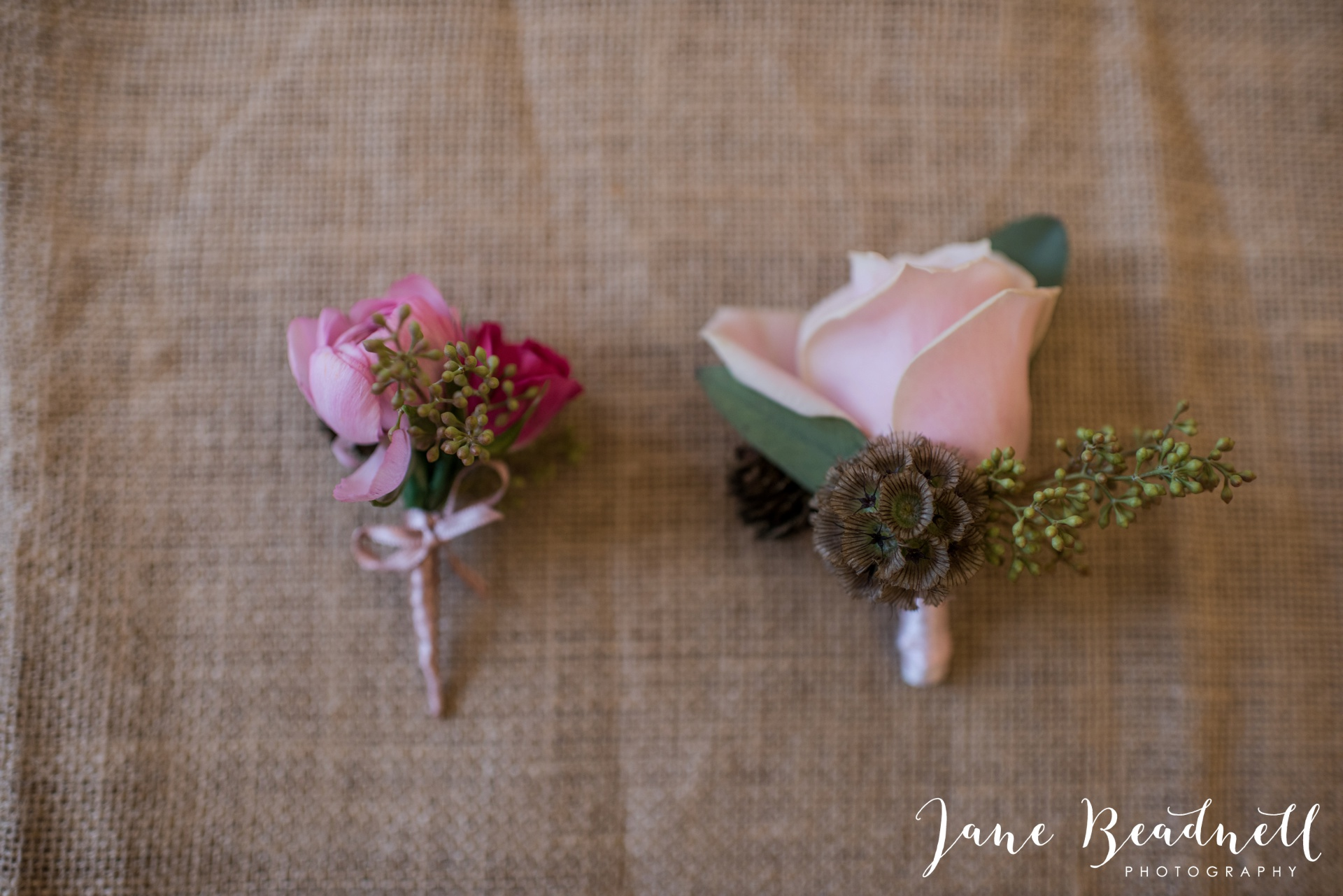 Leafy couture wedding flowers wedding photography by Jane Beadnell photography_0010