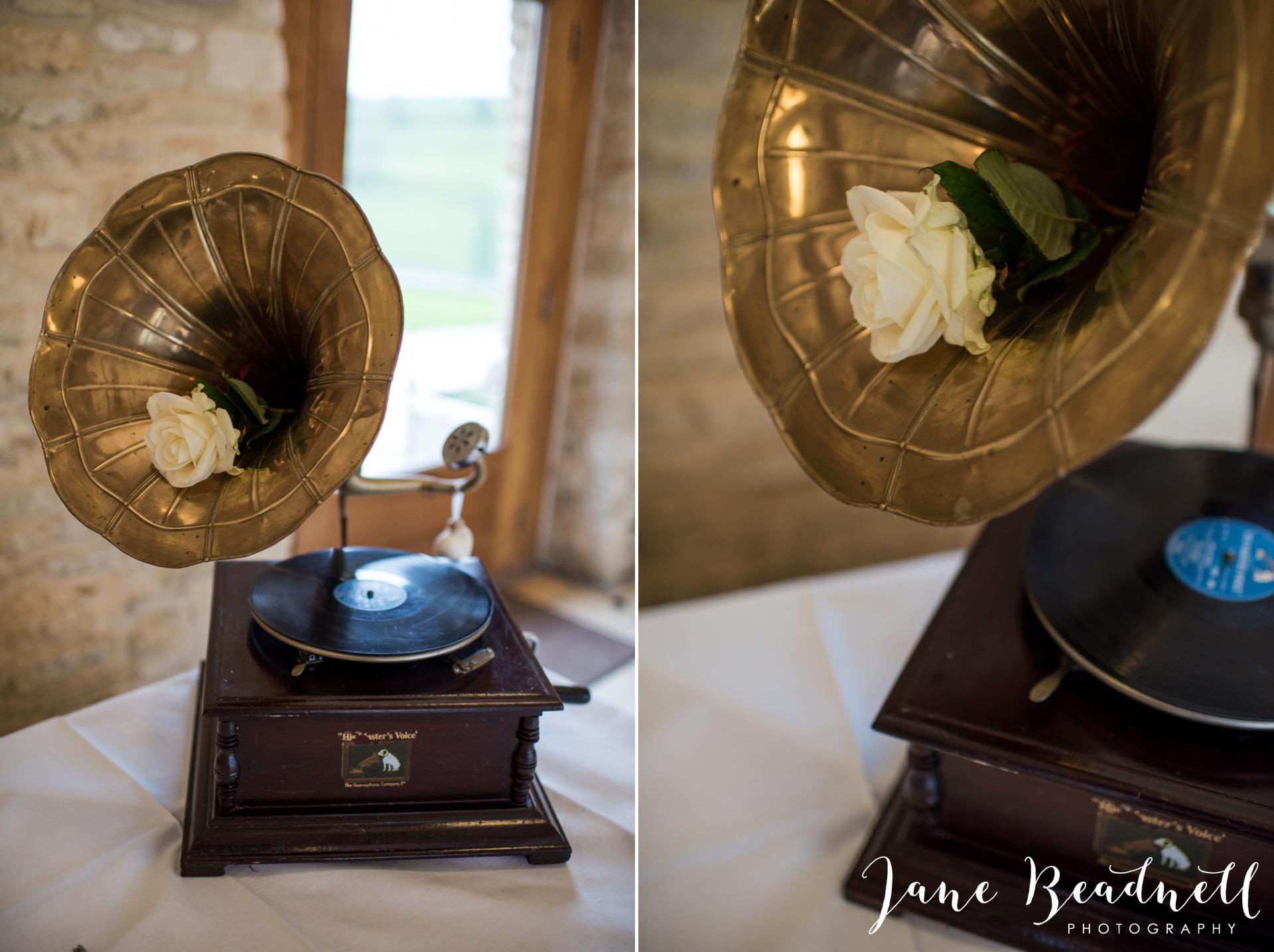 The Kingcote Barn Bristol Yorkshire and destination wedding photographer Jane Beadnell Photography_0021