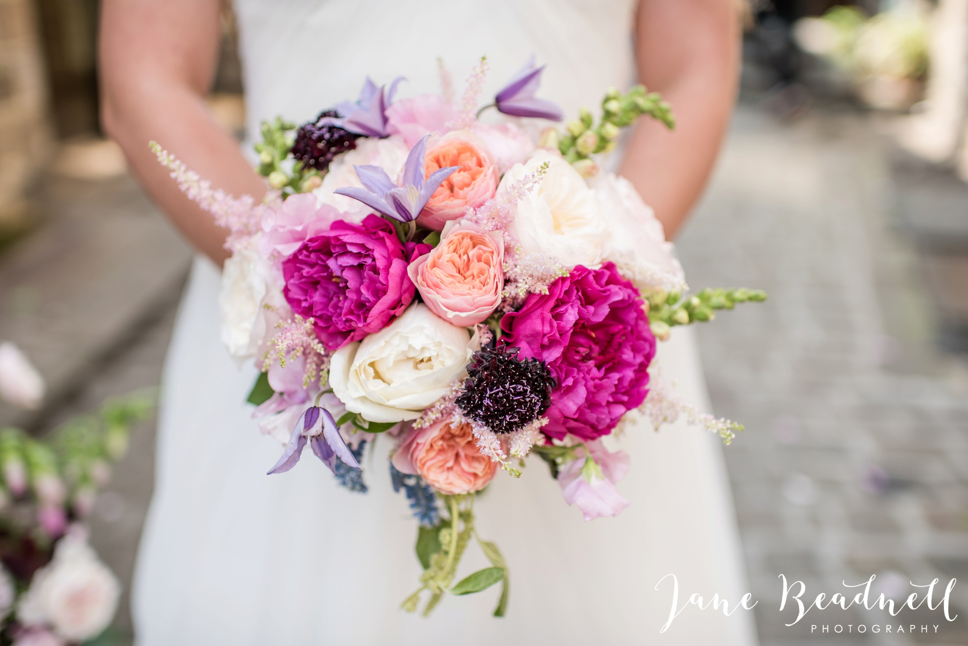 Fine art wedding photography by Jane Beadnell Photography Leafy Couture wedding flowers_0002