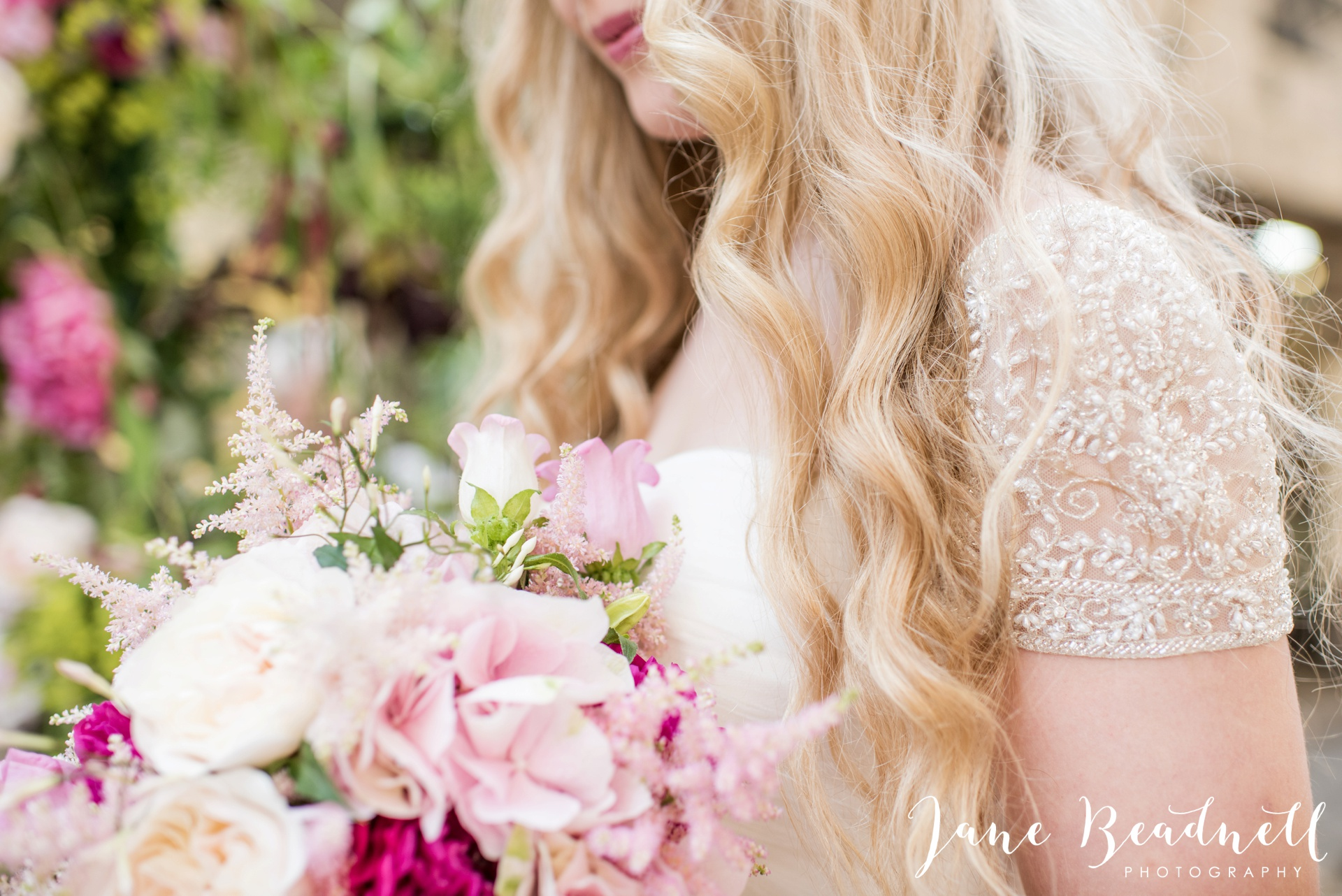 Fine art wedding photography by Jane Beadnell Photography Leafy Couture wedding flowers_0012