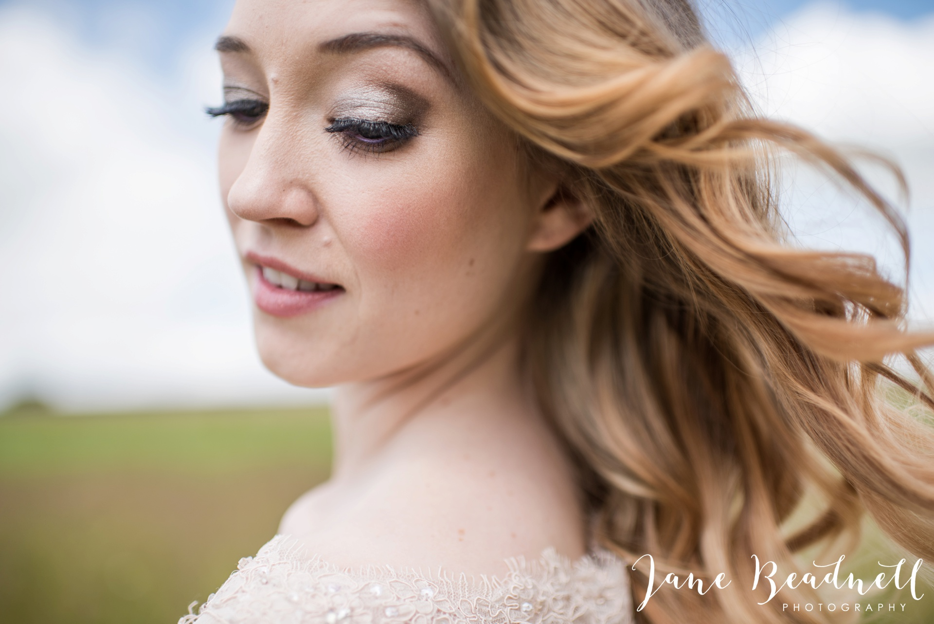 Cotswold Lavender wedding photography by Jane Beadnell Photography_0022