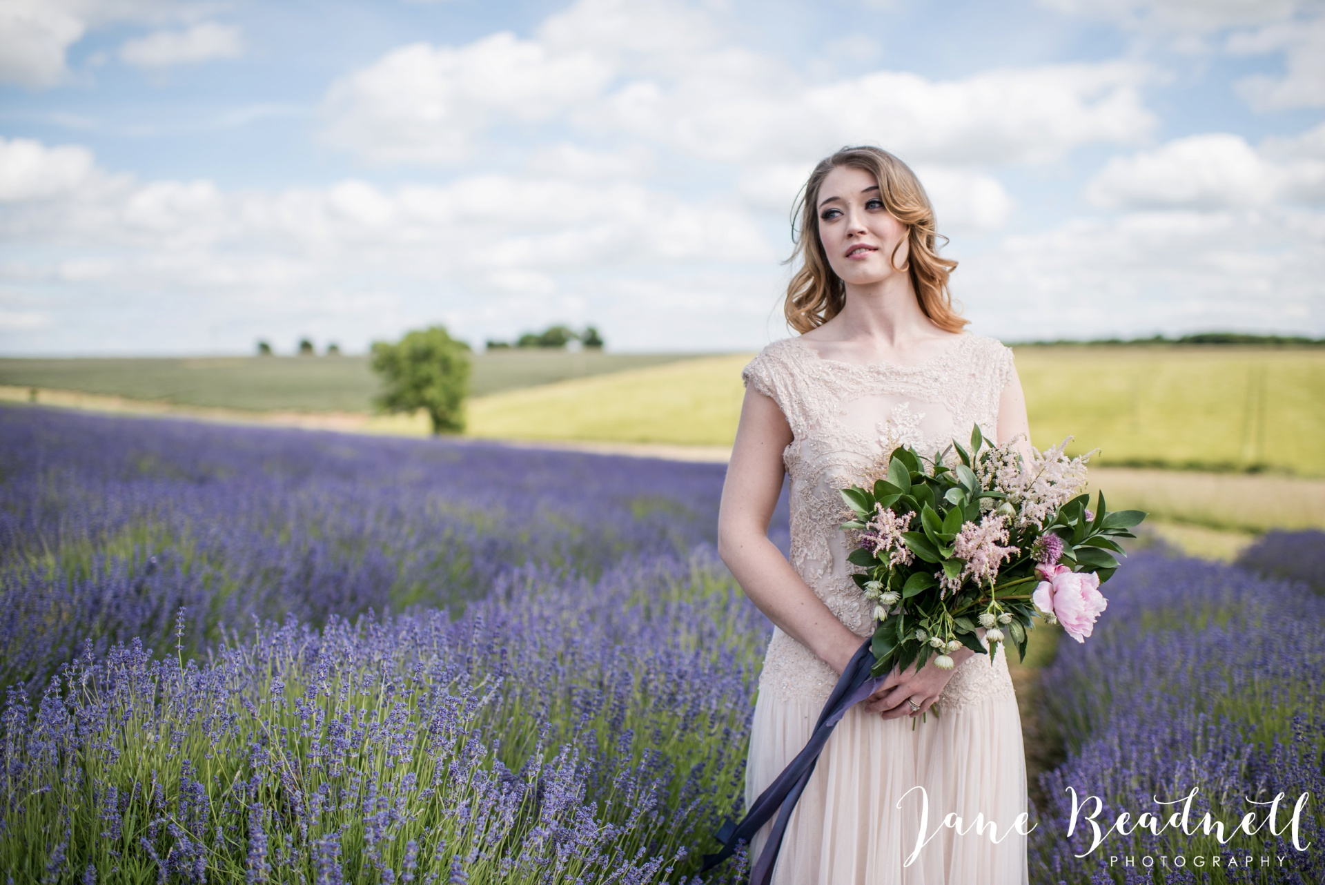 Cotswold Lavender wedding photography by Jane Beadnell Photography_0034