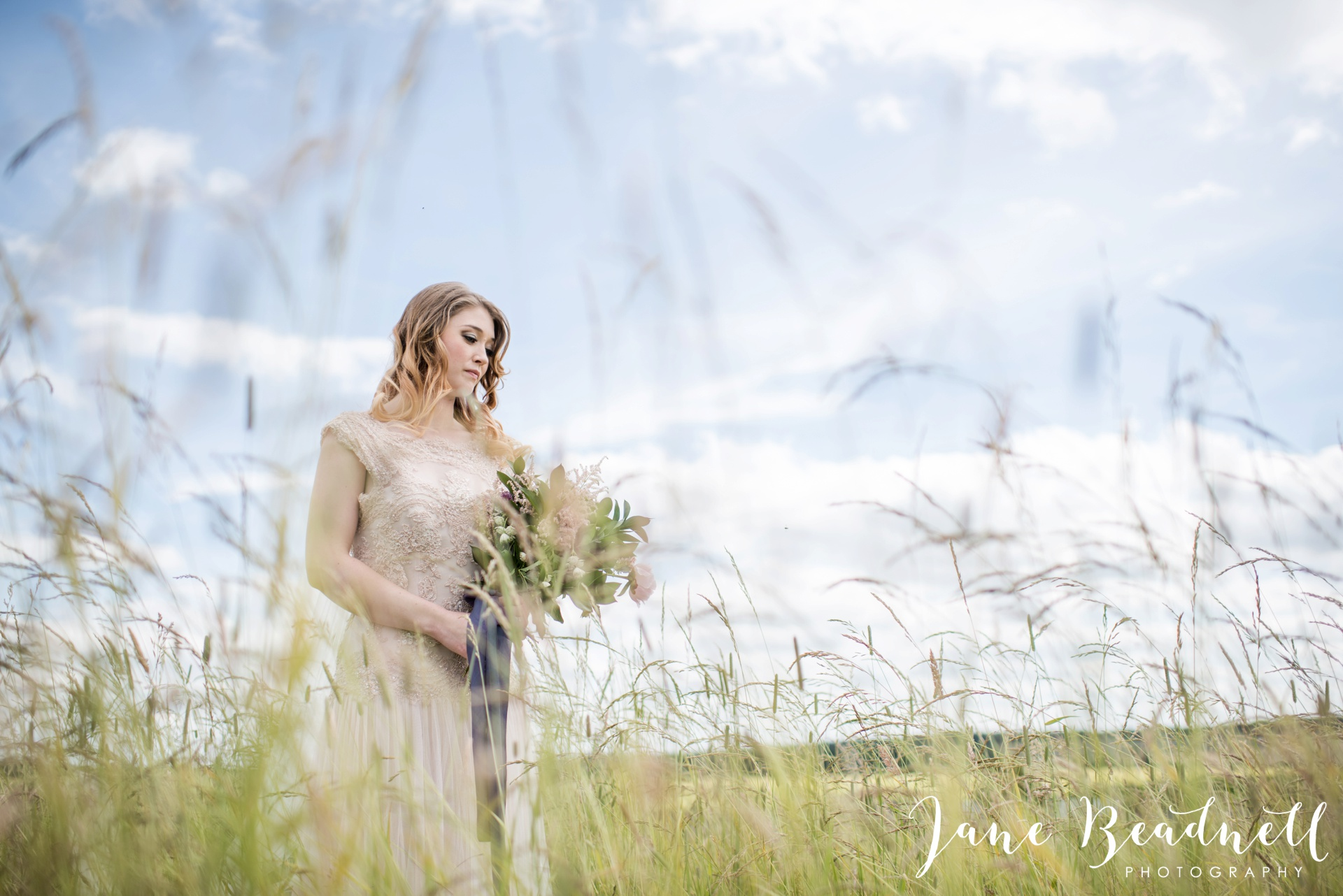 Cotswold Lavender wedding photography by Jane Beadnell Photography_0046
