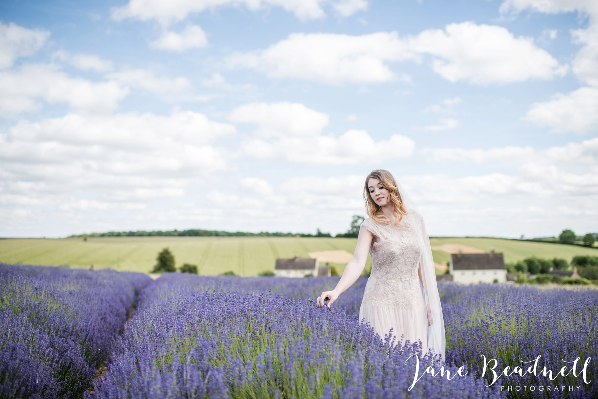 Cotswold Lavender wedding photography by Jane Beadnell Photography_0058