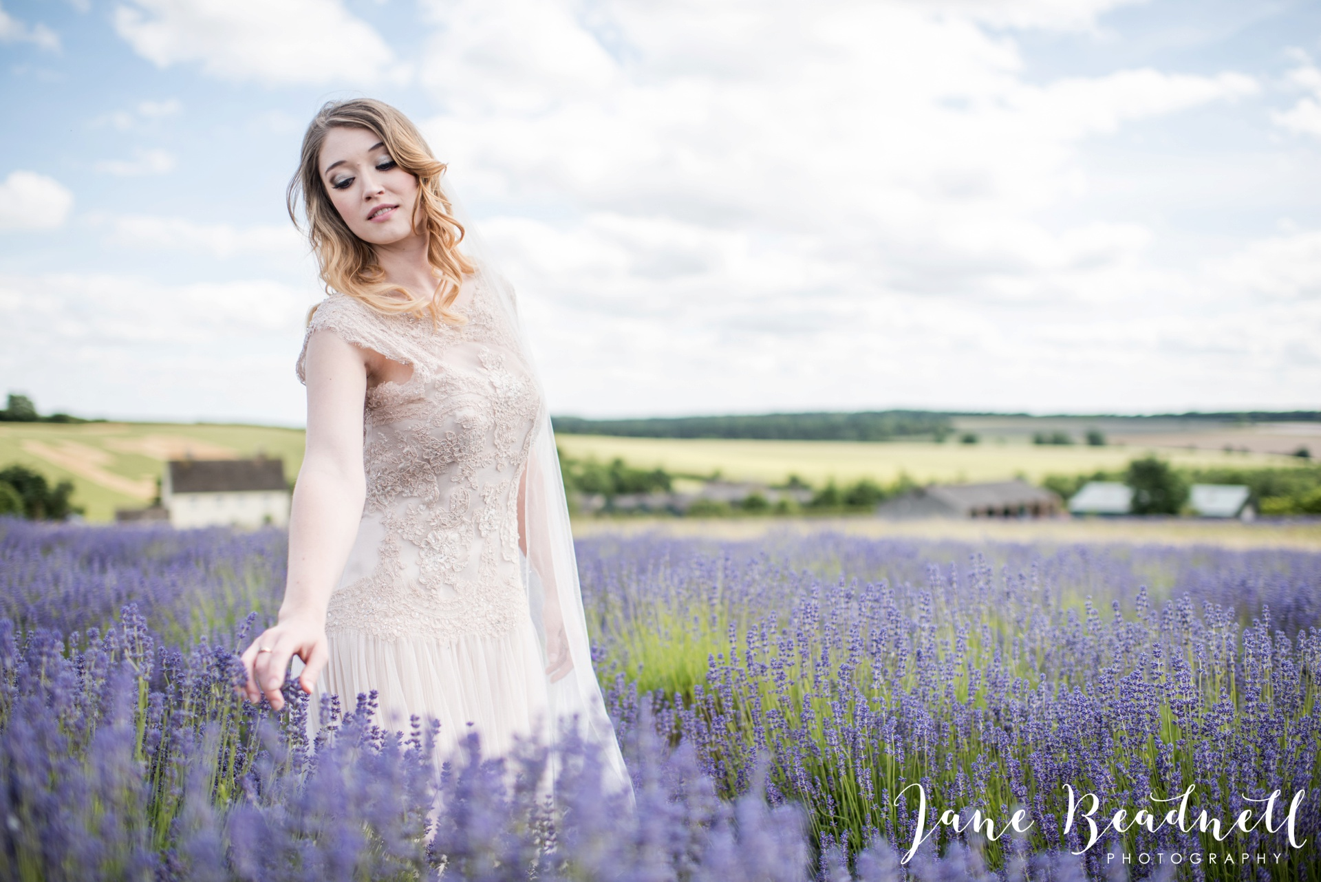 Cotswold Lavender wedding photography by Jane Beadnell Photography_0059