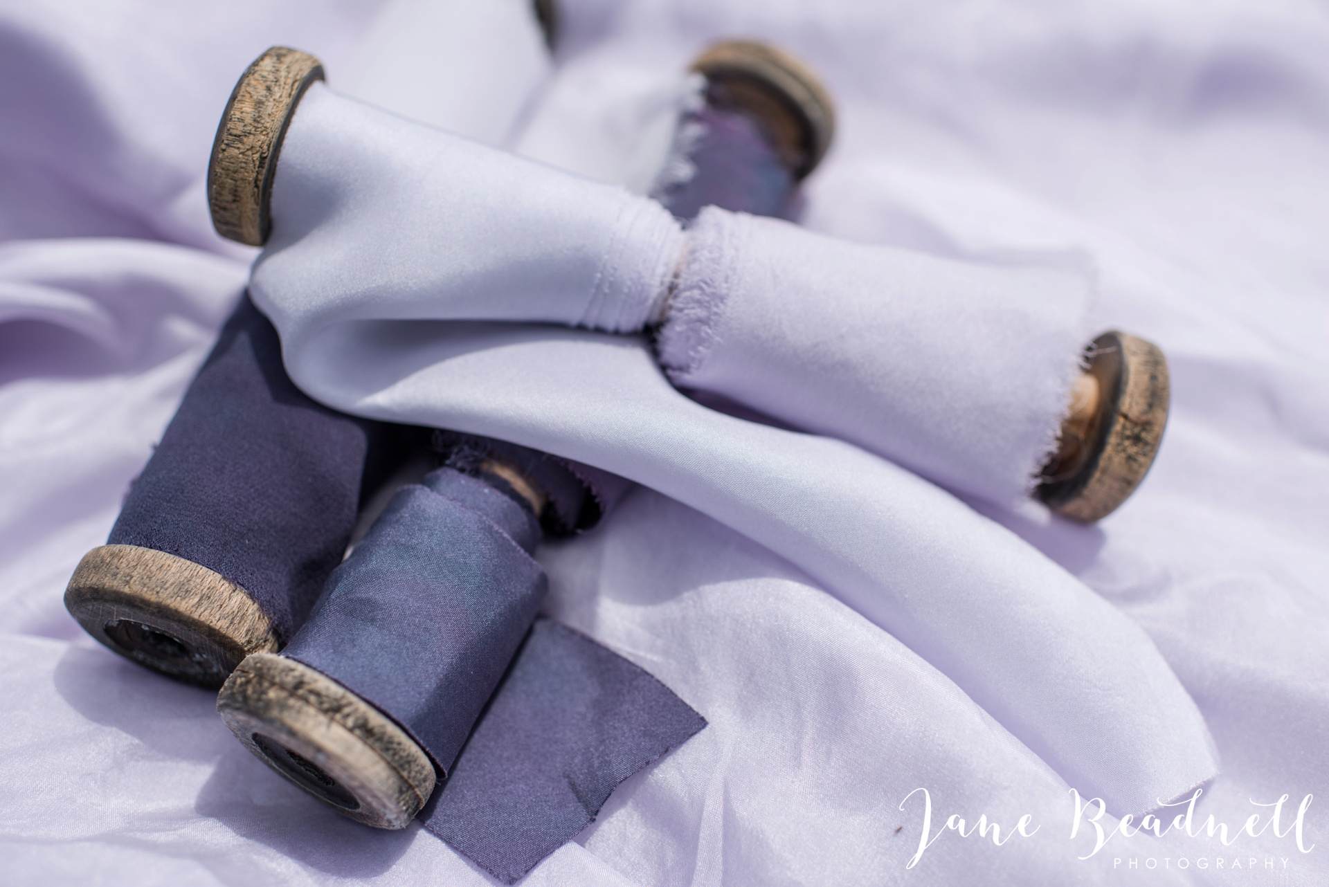 Cotswold Lavender wedding photography by Jane Beadnell Photography_0100