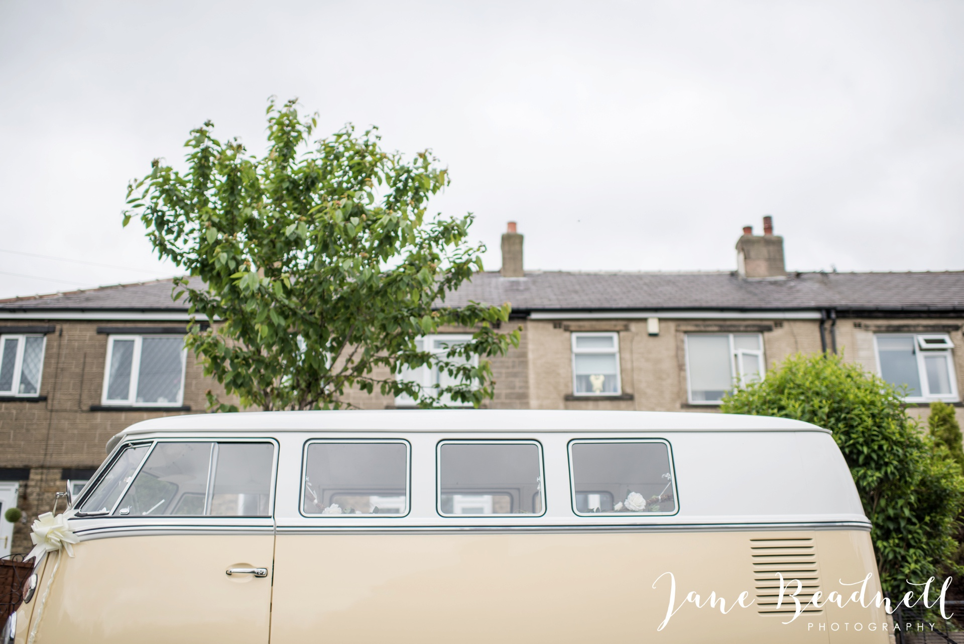 Yorkshire Wedding Photography the cheerful Chilli Barn Wedding by Jane Beadnell Photography_0033