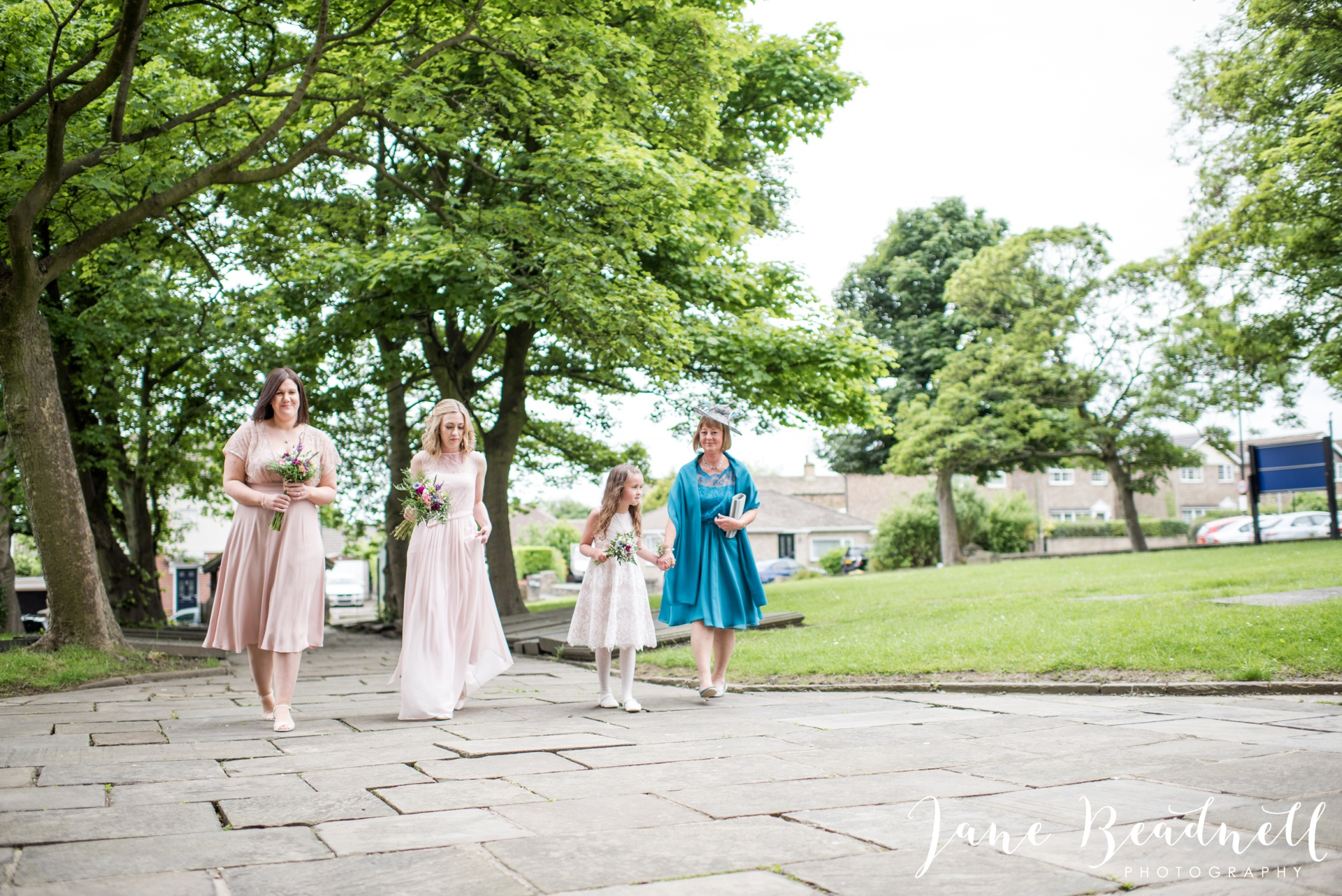 Yorkshire Wedding Photography the cheerful Chilli Barn Wedding by Jane Beadnell Photography_0049