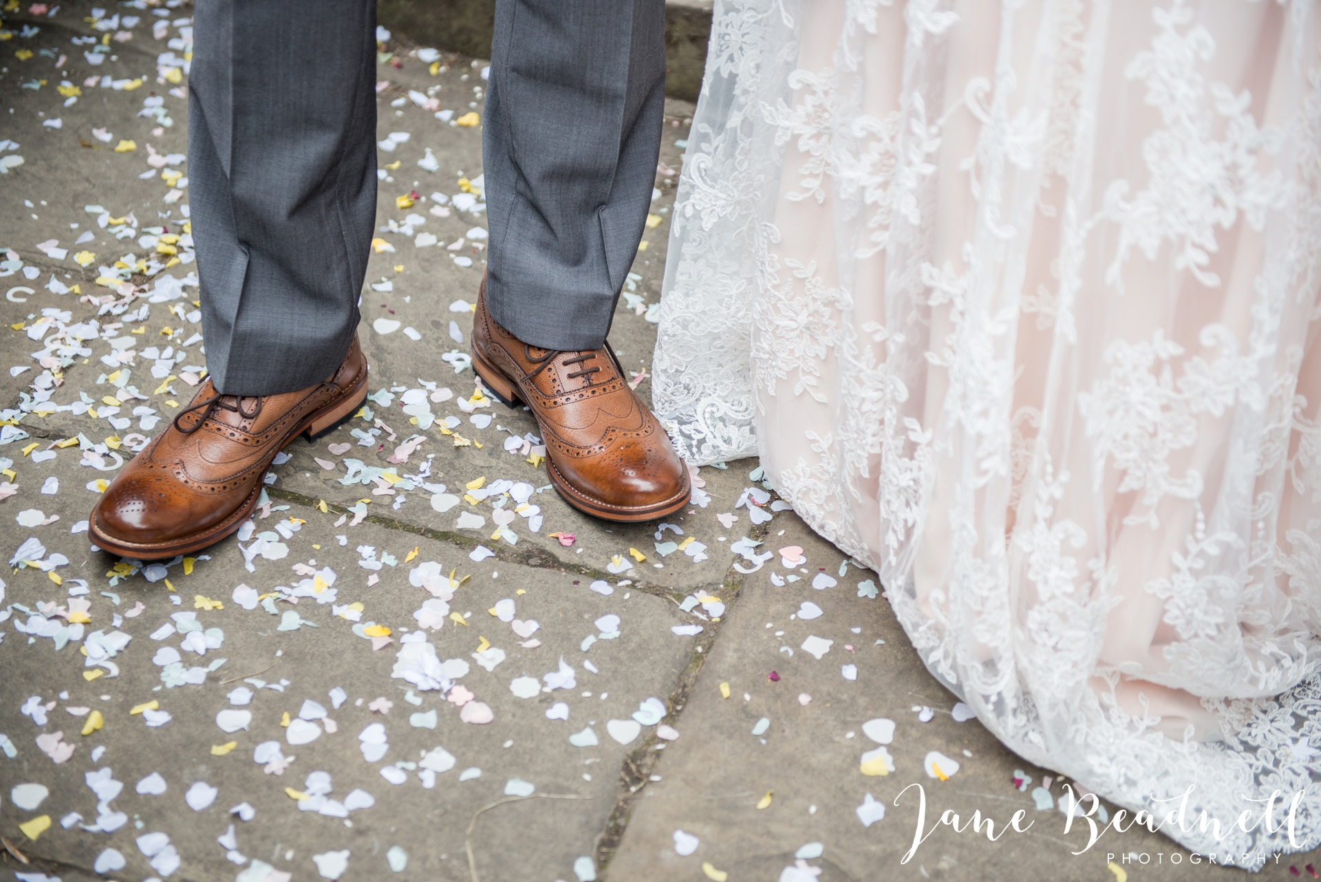 Yorkshire Wedding Photography the cheerful Chilli Barn Wedding by Jane Beadnell Photography_0097
