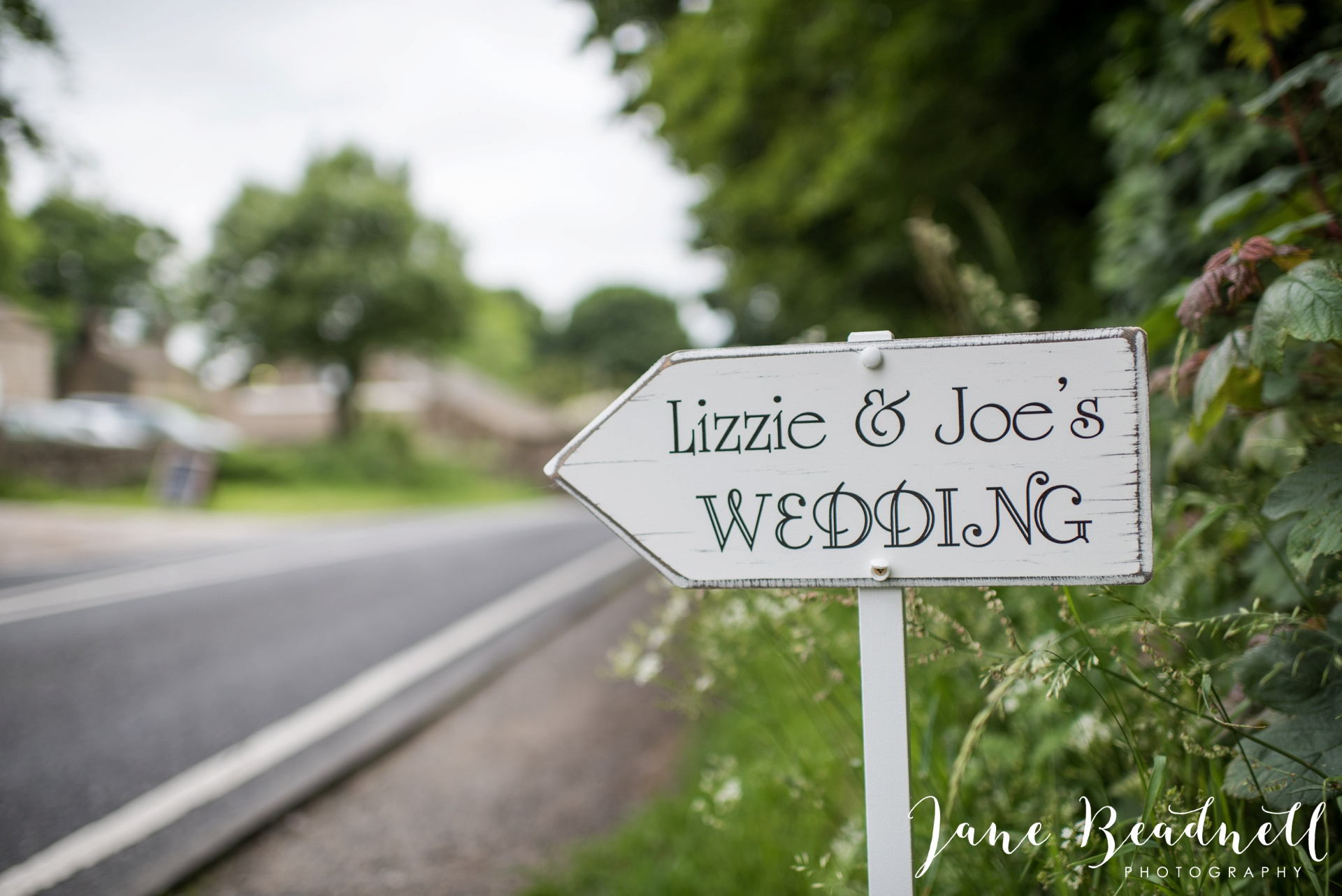 Yorkshire Wedding Photography the cheerful Chilli Barn Wedding by Jane Beadnell Photography_0101