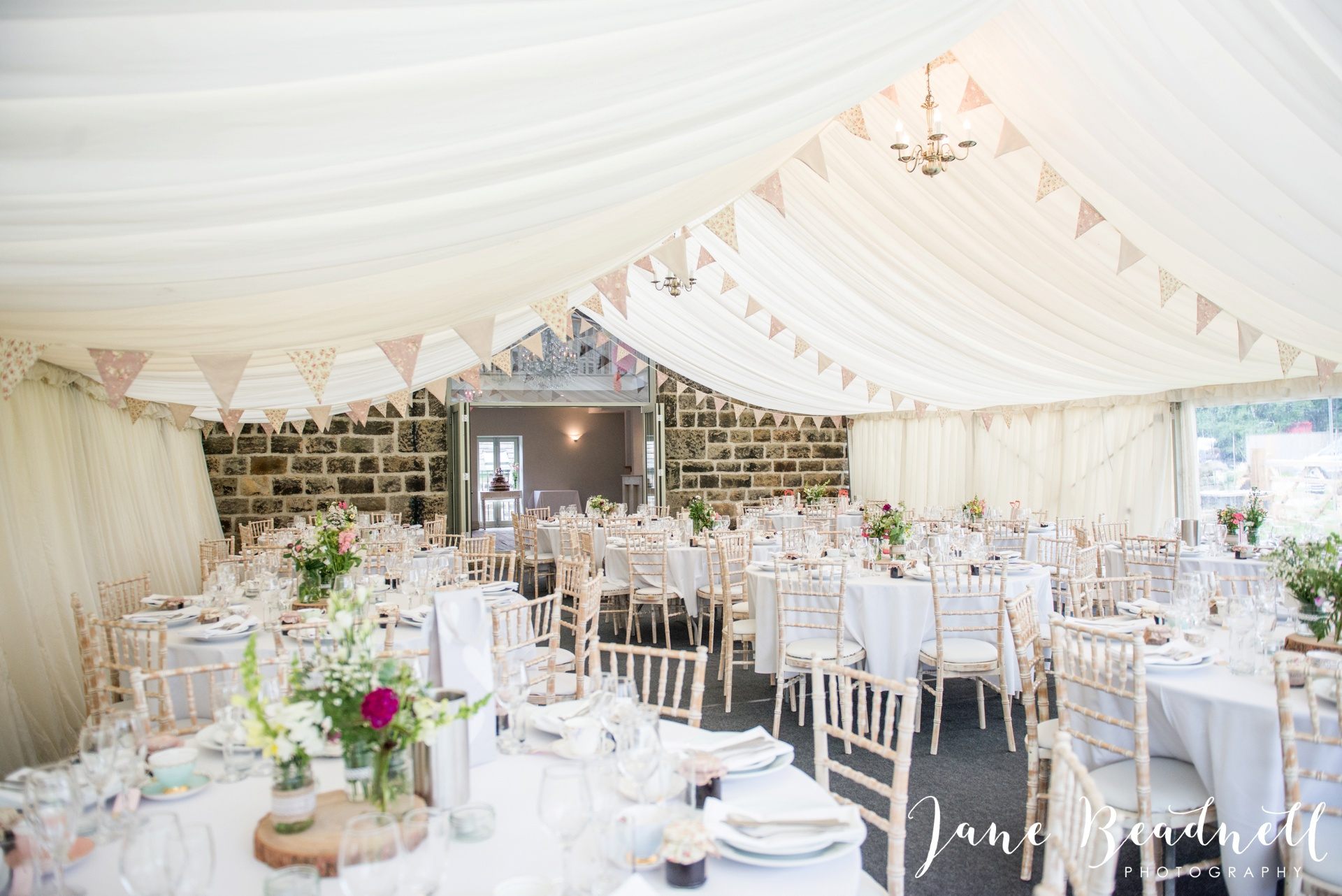 Yorkshire Wedding Photography the cheerful Chilli Barn Wedding by Jane Beadnell Photography_0107