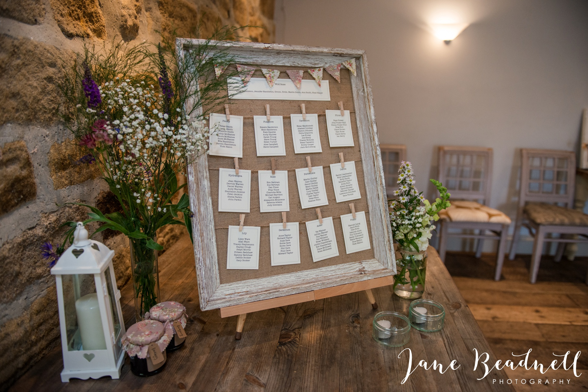 Yorkshire Wedding Photography the cheerful Chilli Barn Wedding by Jane Beadnell Photography_0109