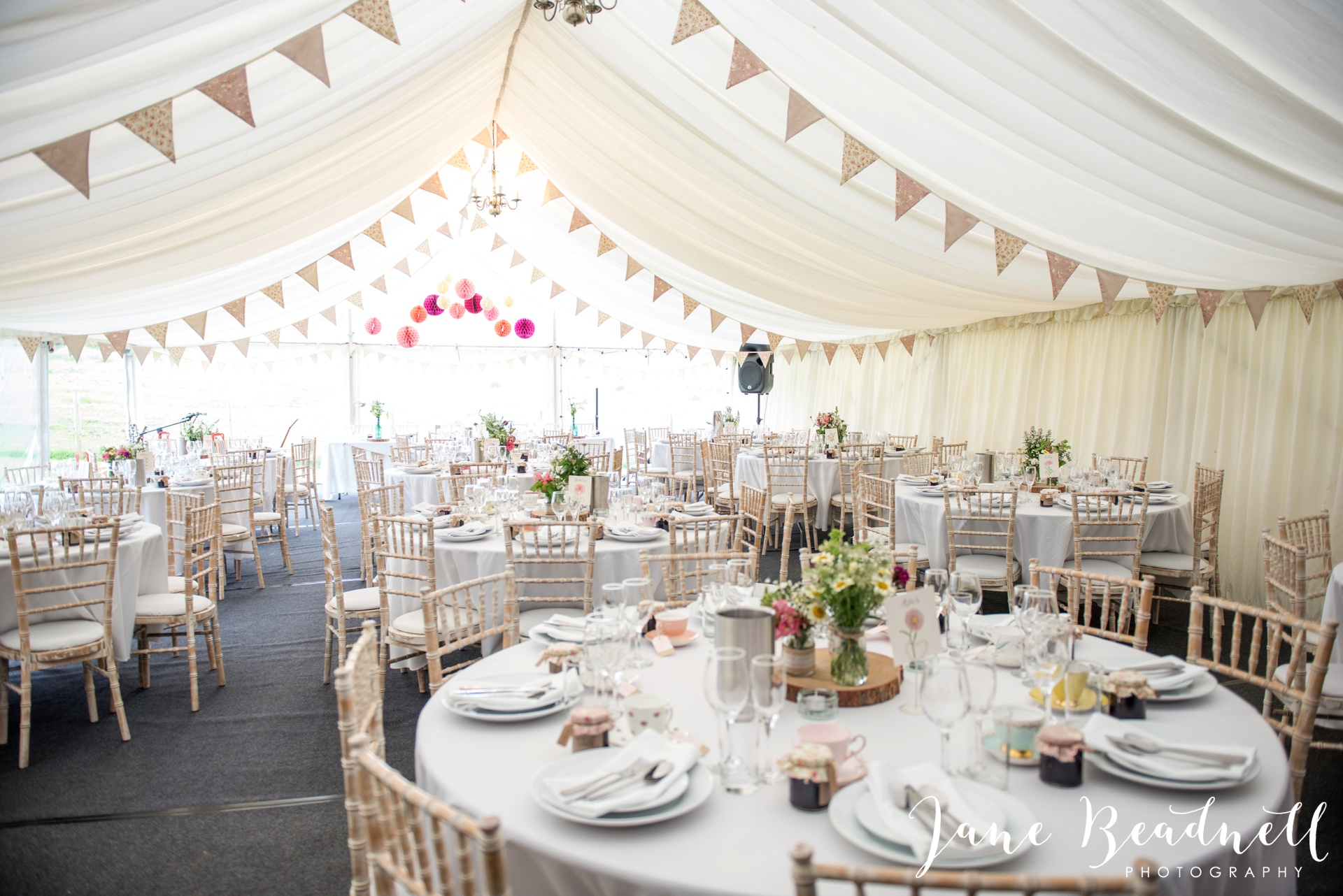 Yorkshire Wedding Photography the cheerful Chilli Barn Wedding by Jane Beadnell Photography_0112