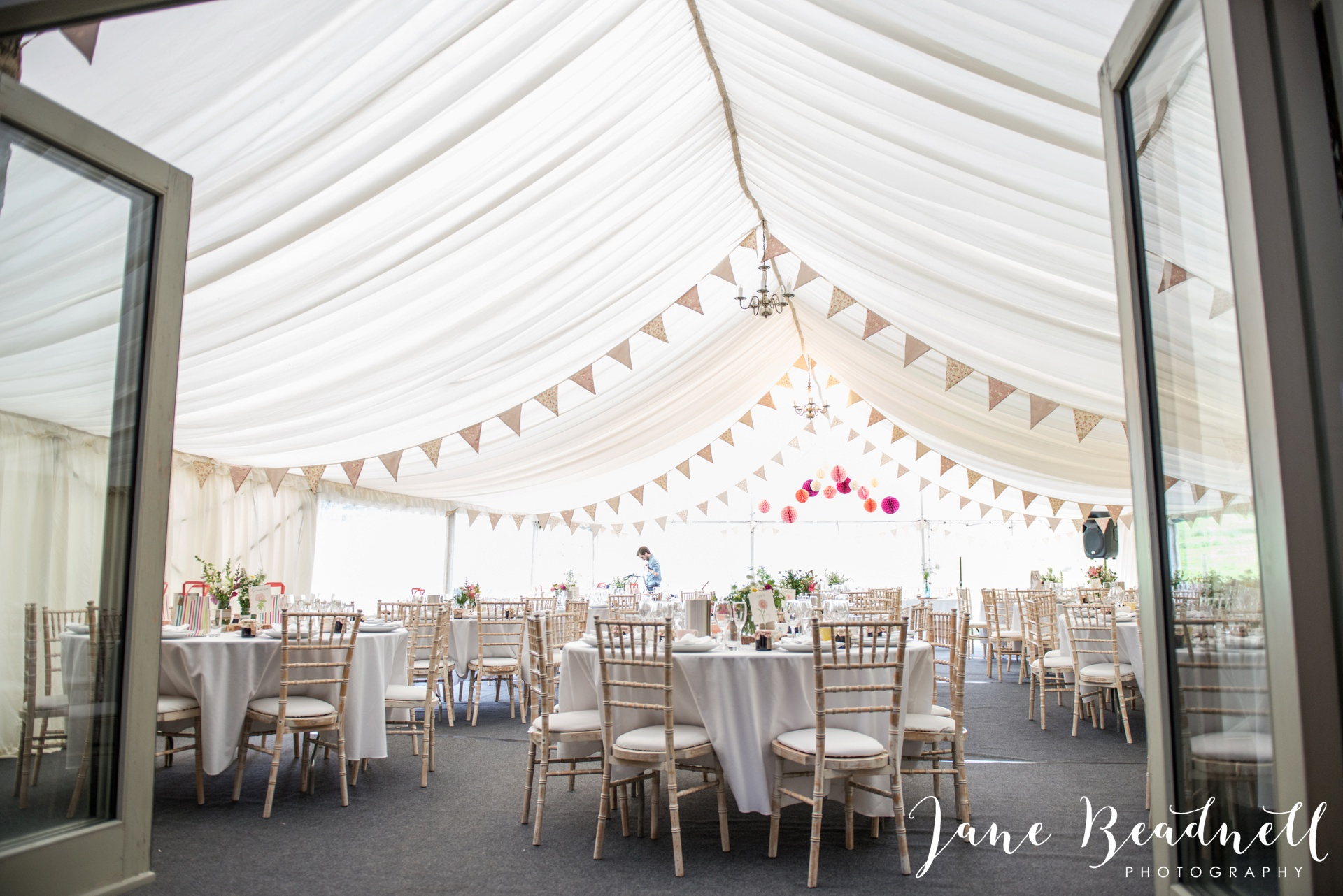 Yorkshire Wedding Photography the cheerful Chilli Barn Wedding by Jane Beadnell Photography_0113