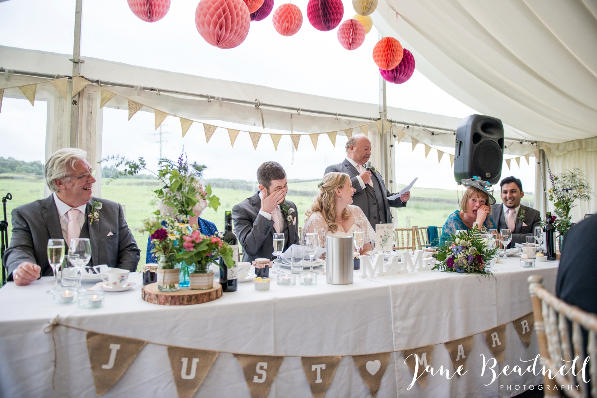 Yorkshire Wedding Photography the cheerful Chilli Barn Wedding by Jane Beadnell Photography_0164