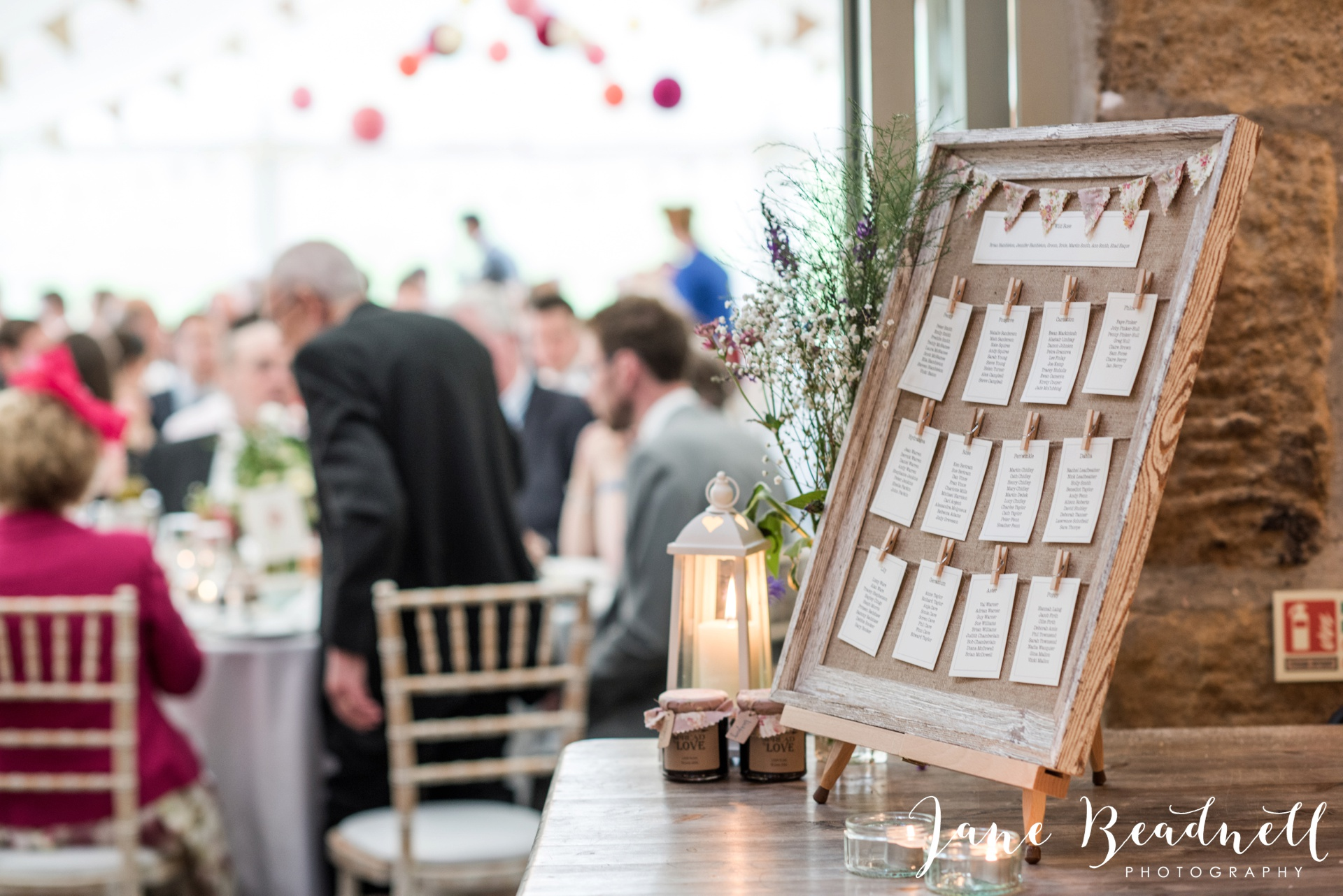 Yorkshire Wedding Photography the cheerful Chilli Barn Wedding by Jane Beadnell Photography_0184
