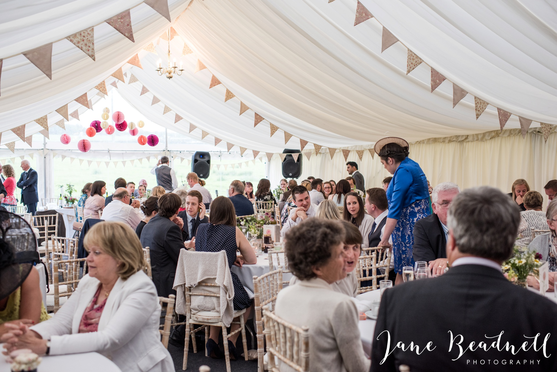Yorkshire Wedding Photography the cheerful Chilli Barn Wedding by Jane Beadnell Photography_0187