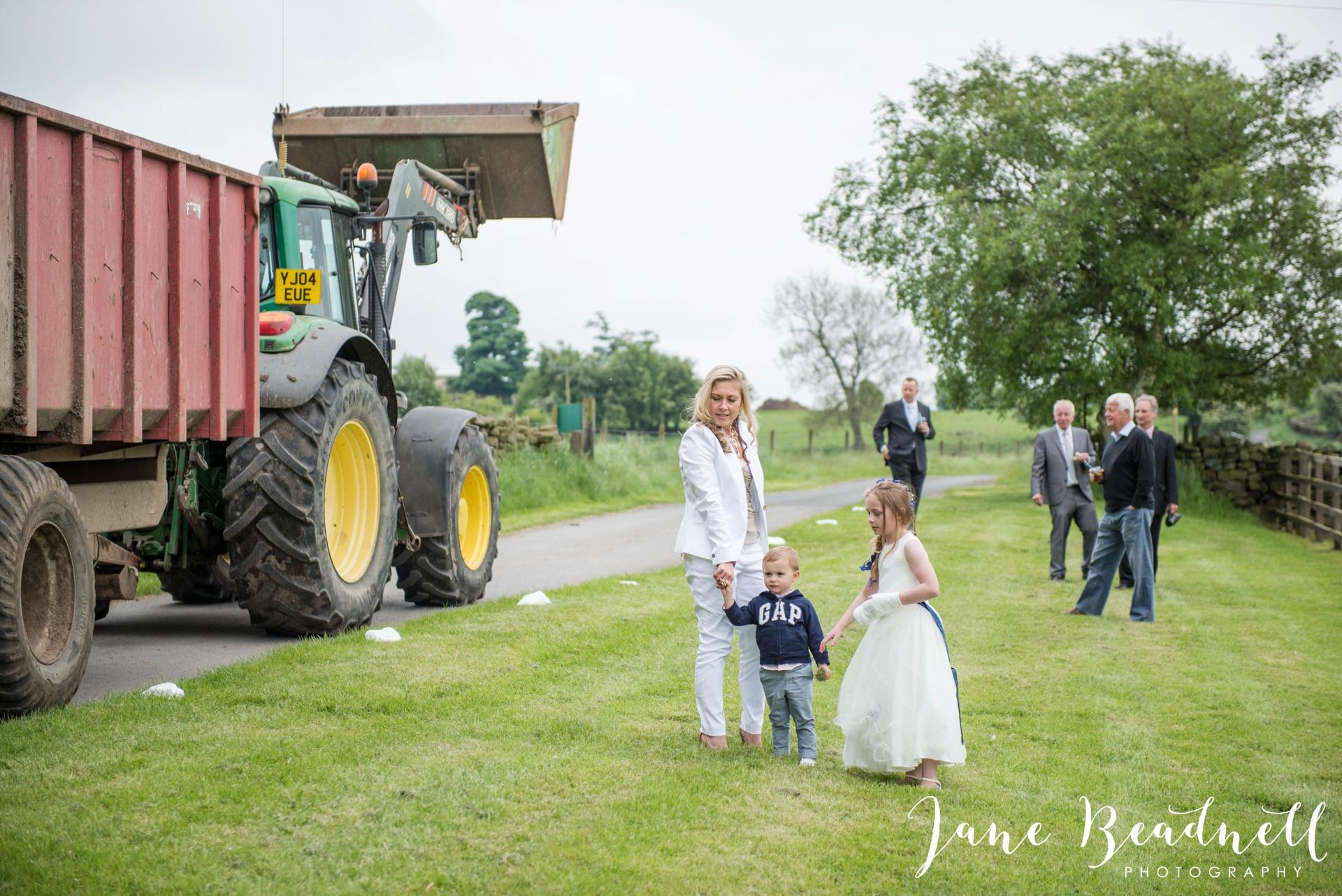Hill Top Farm Wedding Photography Masham by Jane Beadnell Photography_0053