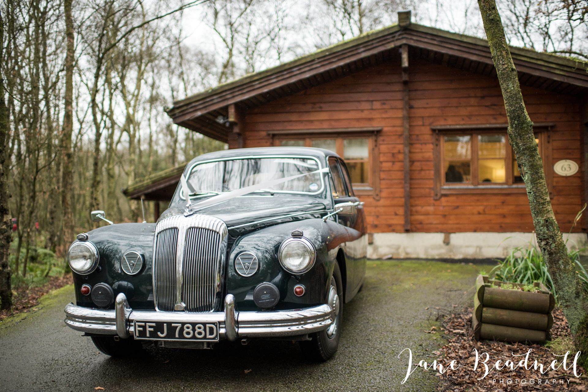 Otley Chevin Country Spa Hotel wedding Otley by Jane Beadnell Photography_0017