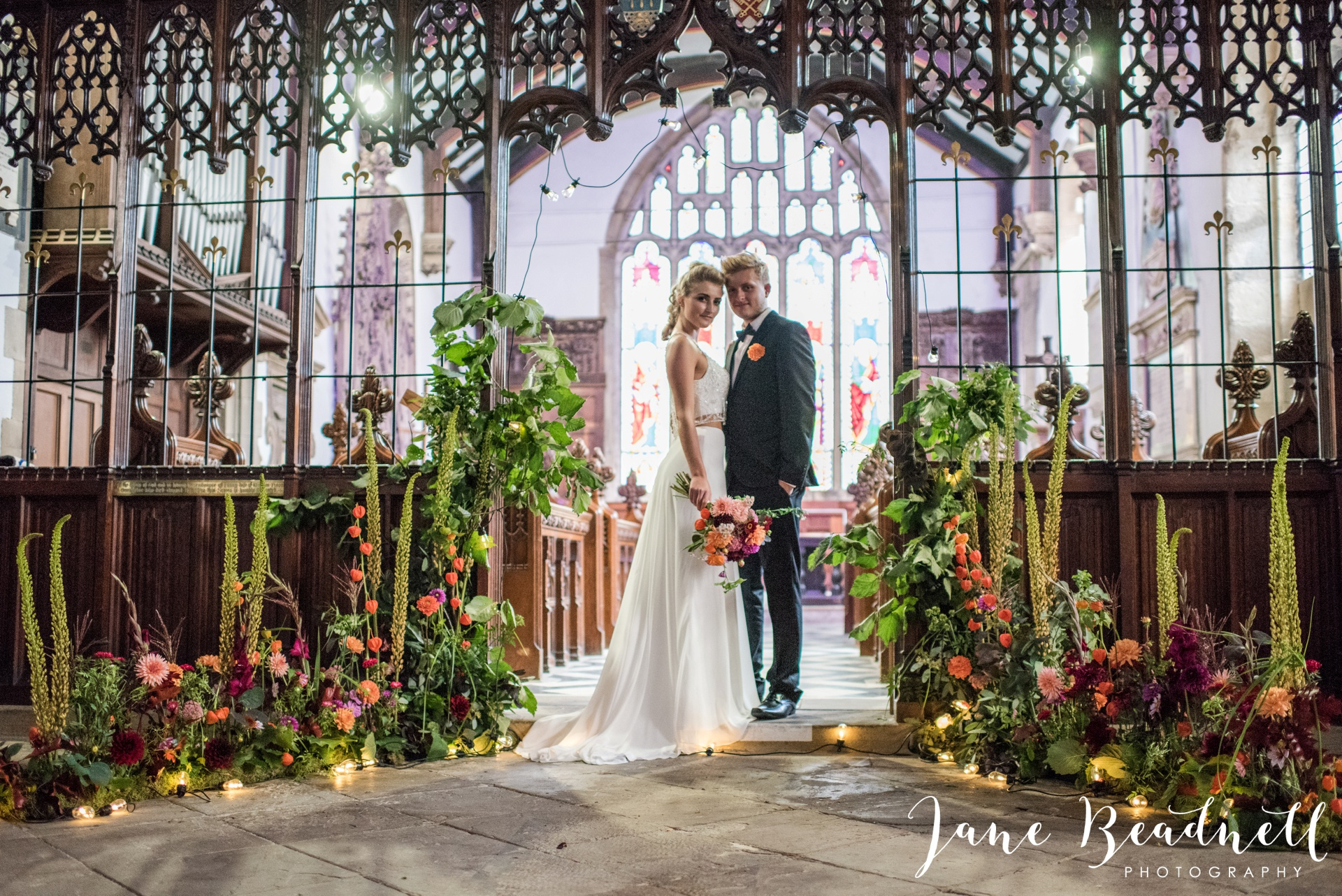 yorkshire-fine-art-wedding-photographer-jane-beadnell-photography-with-leafy-couture-wedding-flowers_0022