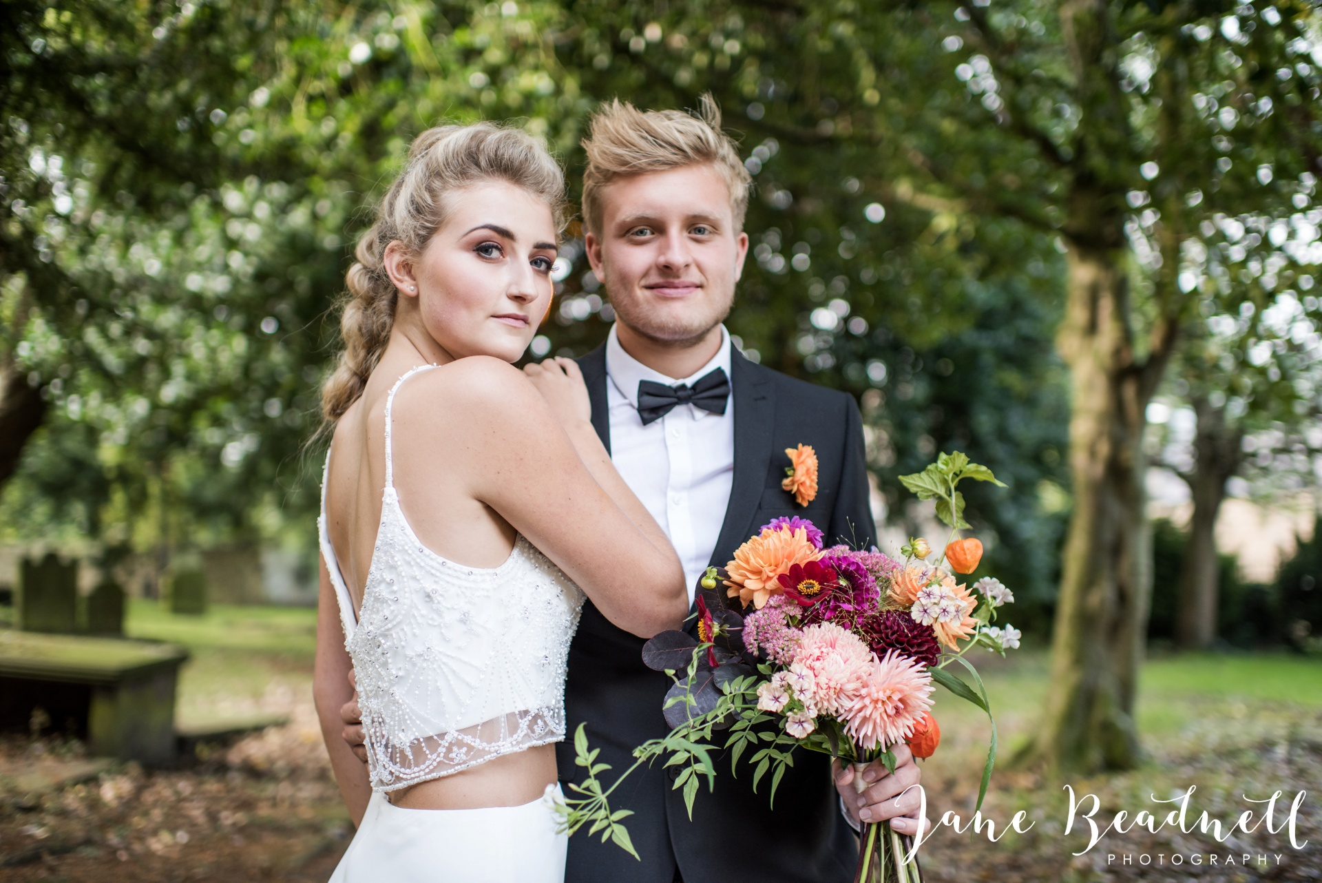 yorkshire-fine-art-wedding-photographer-jane-beadnell-photography-with-leafy-couture-wedding-flowers_0027