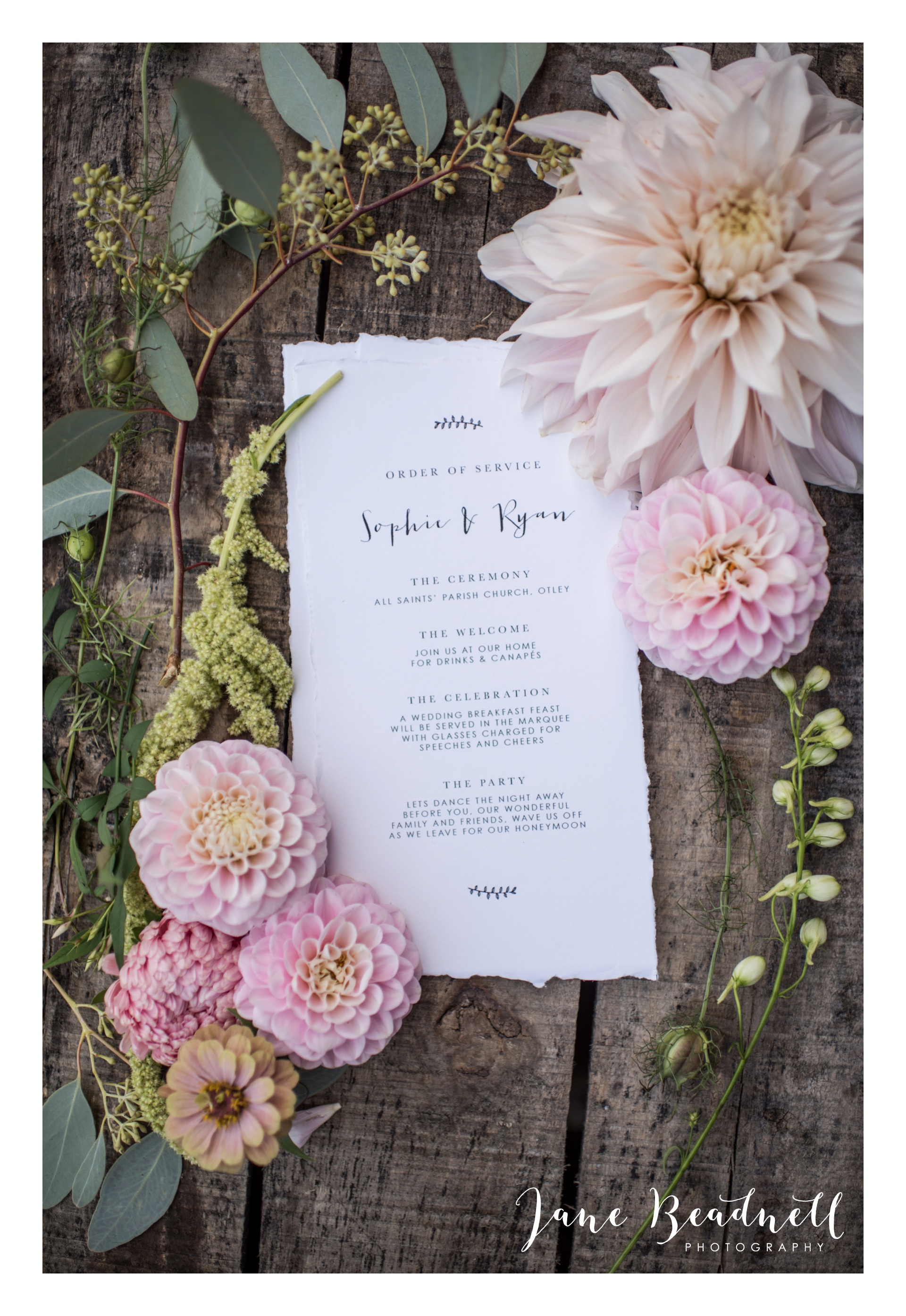 yorkshire-fine-art-wedding-photographer-jane-beadnell-photography-with-leafy-couture-wedding-flowers_0032