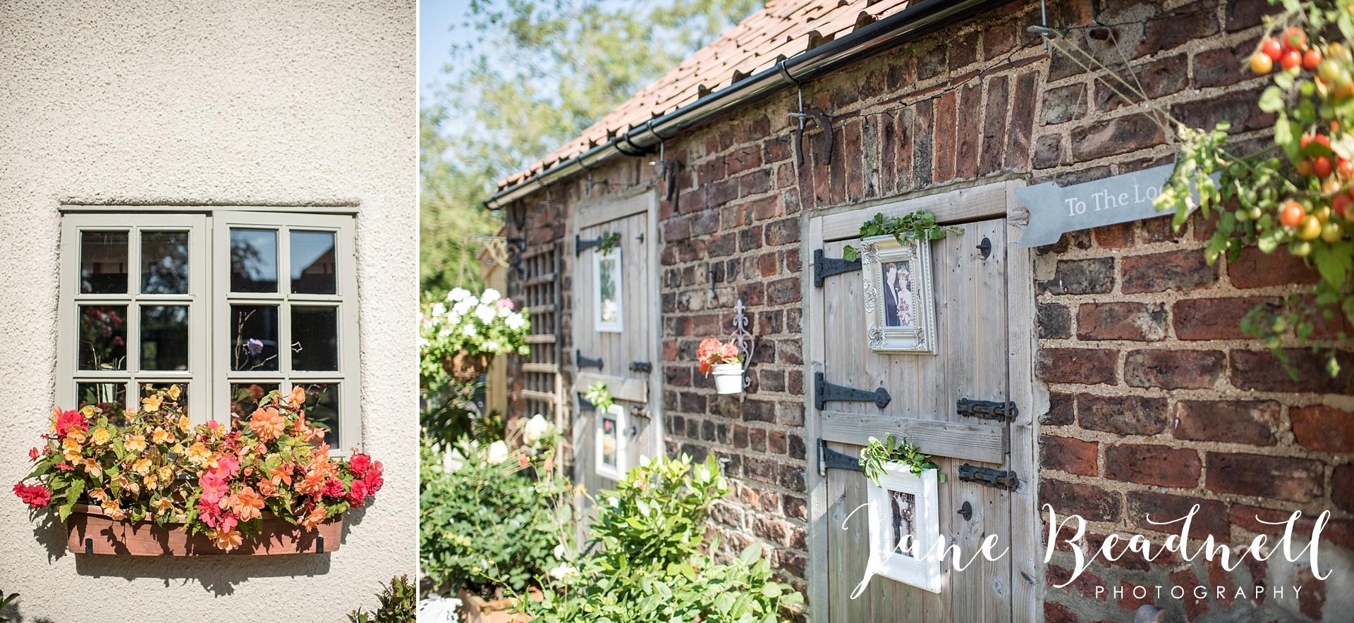 fine-art-wedding-photographer-jane-beadnell-yorkshire-wedding-photographer-garden-wedding_0006