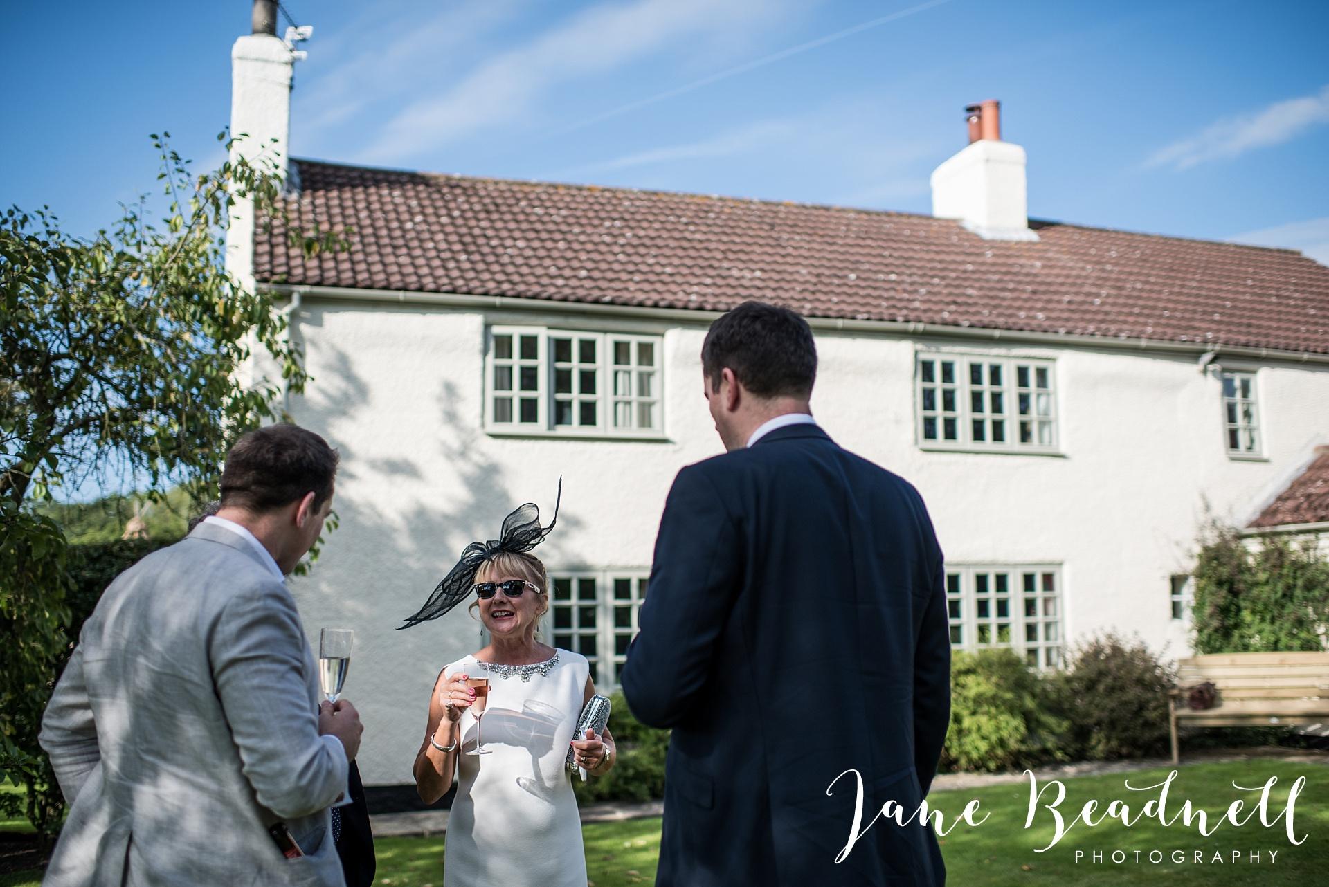 fine-art-wedding-photographer-jane-beadnell-yorkshire-wedding-photographer-garden-wedding_0074