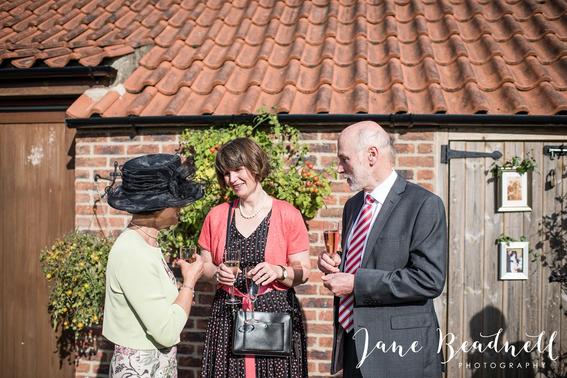 fine-art-wedding-photographer-jane-beadnell-yorkshire-wedding-photographer-garden-wedding_0076