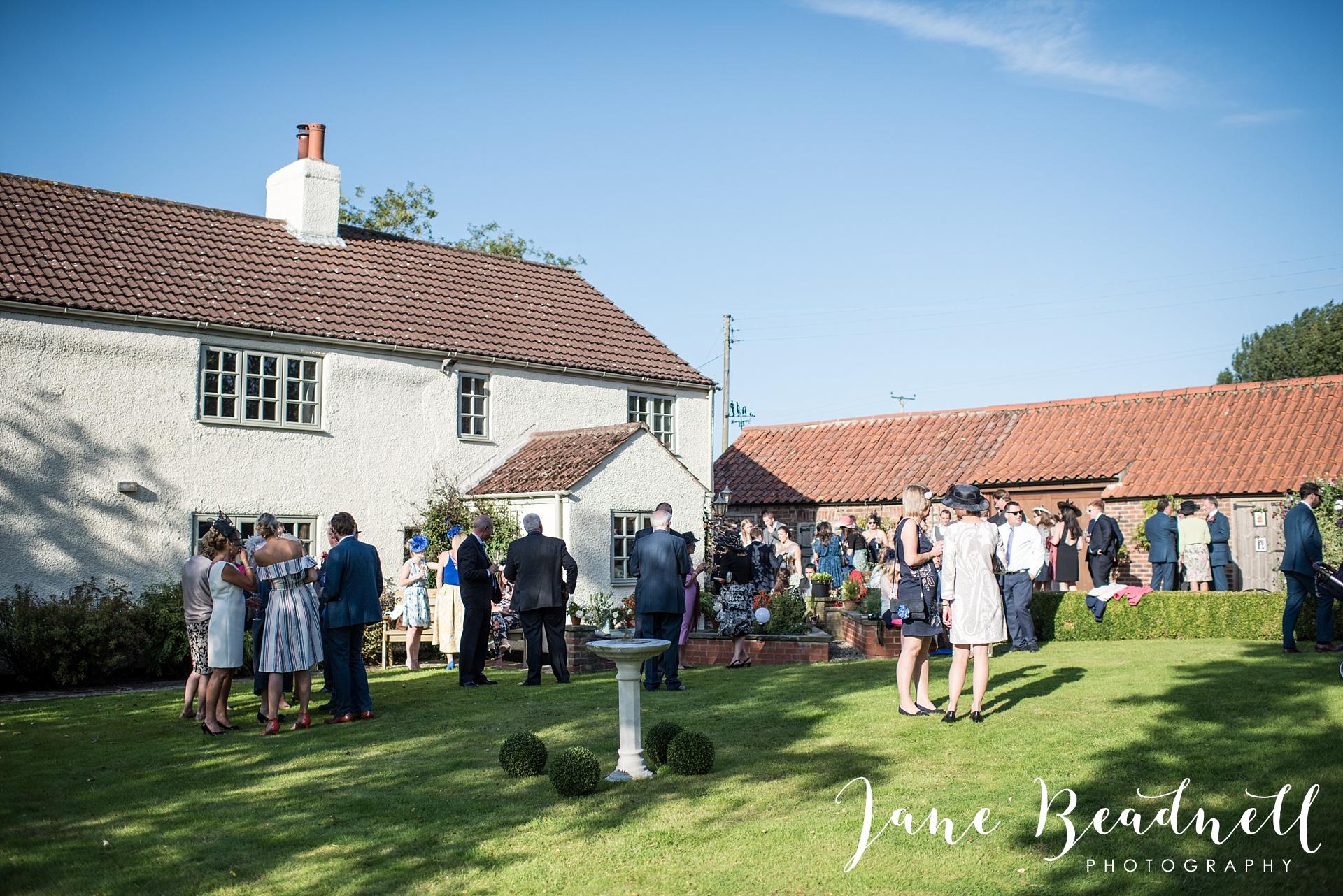 fine-art-wedding-photographer-jane-beadnell-yorkshire-wedding-photographer-garden-wedding_0085