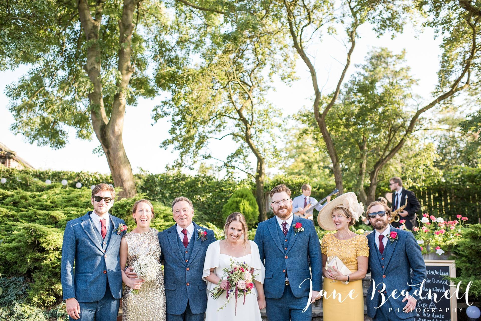 fine-art-wedding-photographer-jane-beadnell-yorkshire-wedding-photographer-garden-wedding_0108