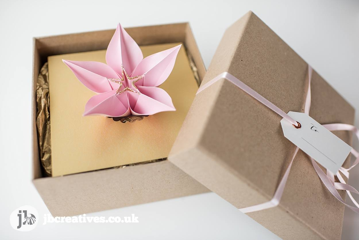 jb-creatives-hand-made-bespoke-wedding-stationery-and-wedding-invites09