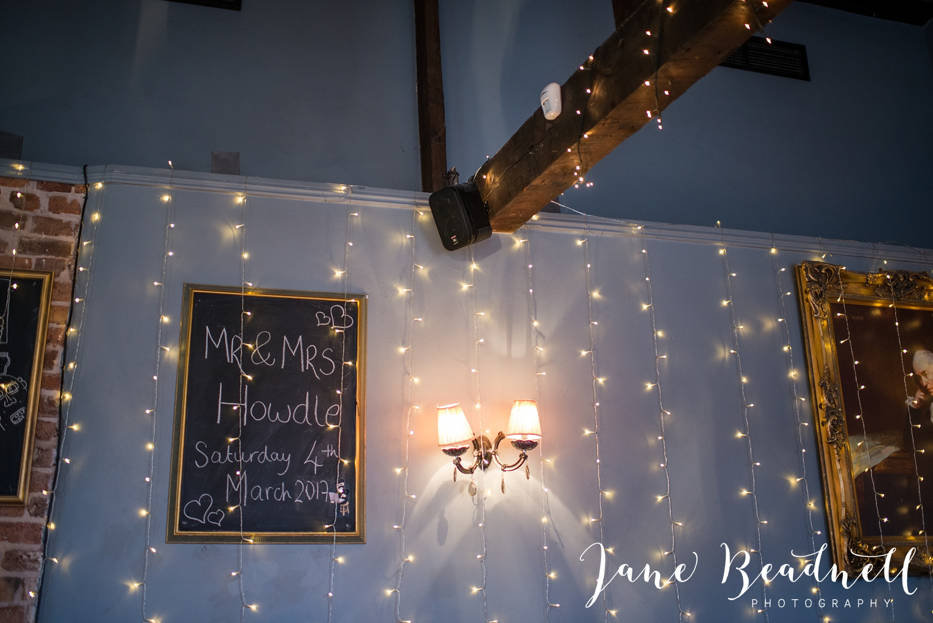 Wedding photography Cross Keys Leeds Wedding Jane Beadnell Photography_0143