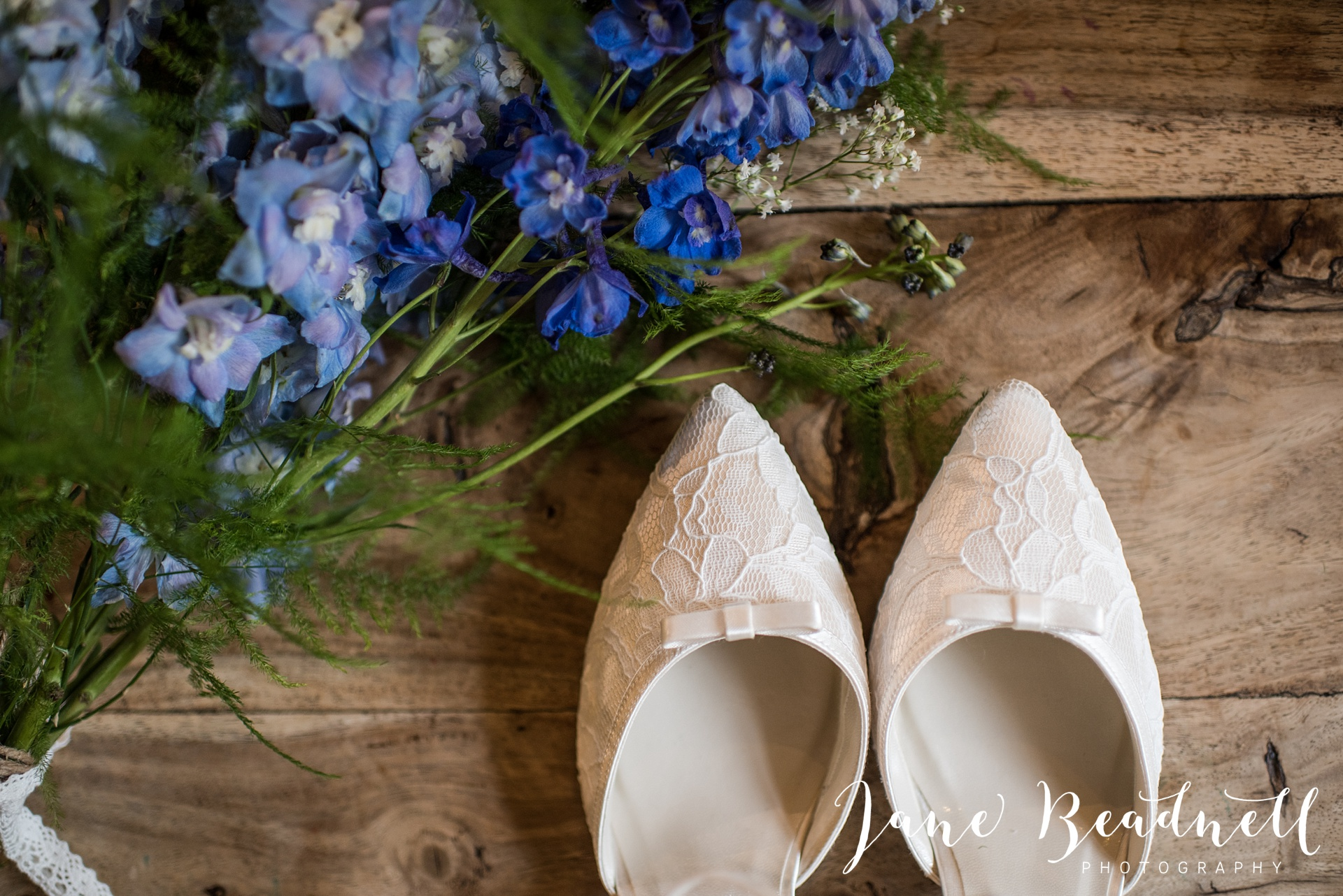 Otley Chevin Lodge wedding photography by Jane Beadnell Photography Leeds_0002