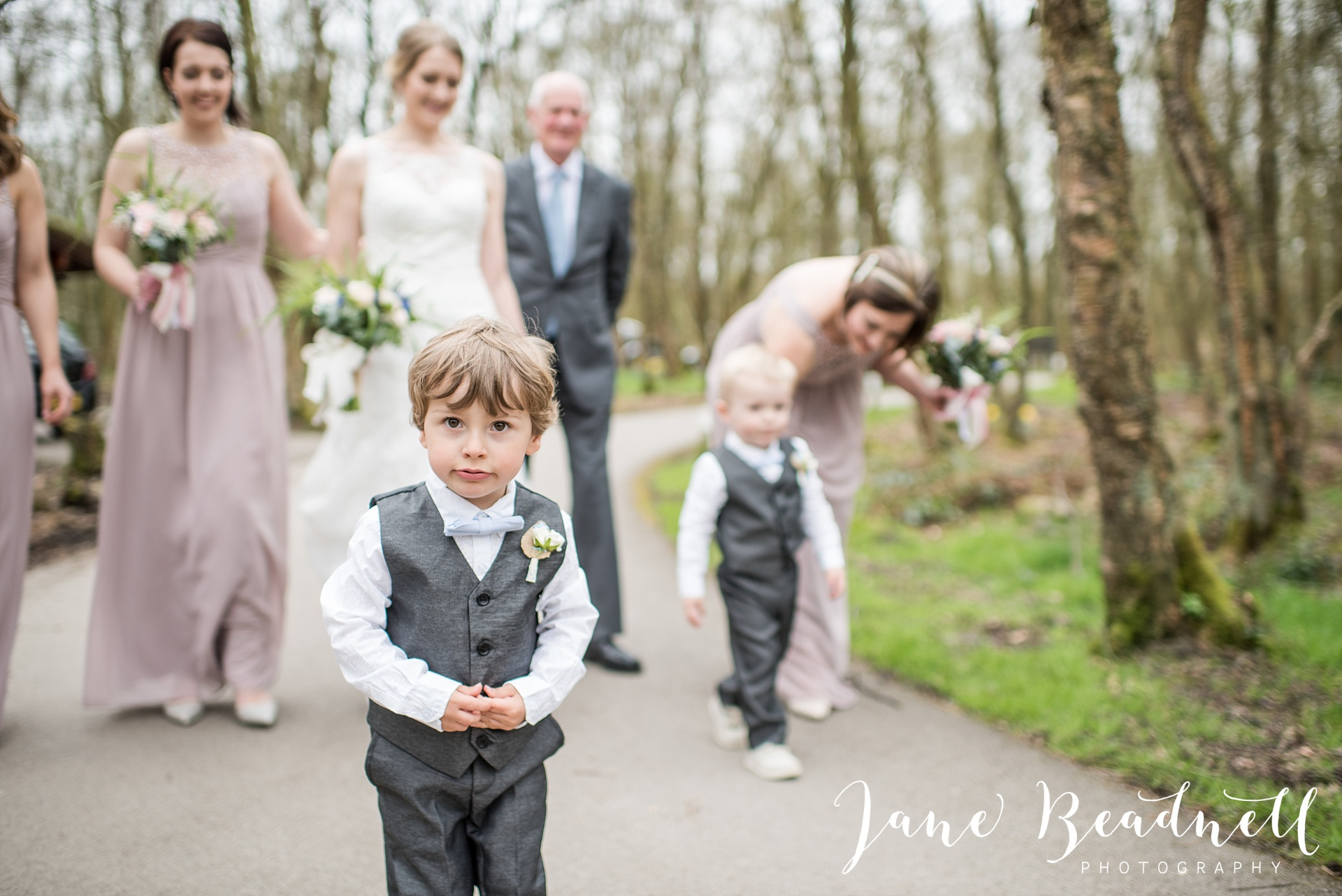 Otley Chevin Lodge wedding photography by Jane Beadnell Photography Leeds_0037